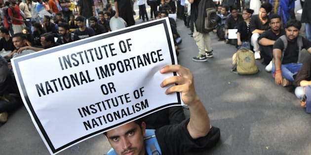 NEW DELHI, INDIA - AUGUST 3: Students of Film and Television Institute of India (FTII) joined by students from several other institutes and people from various organizations as they hold a protest march from Jantar Mantar to the Parliament House against the appointment of TV actor Gajendra Chauhan as FTII Chairman on August 3, 2015 in New Delhi, India.  (Photo by Vipin Kumar/Hindustan Times via Getty Images)
