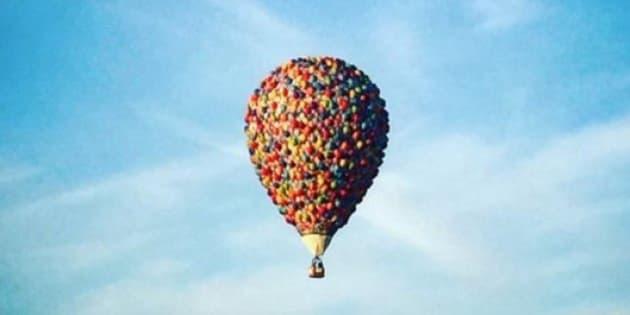 Photos la montgolfi re du dessin anim l haut en - Coloriage la haut ...