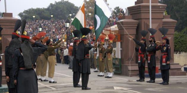 Wagah, border-closing ceremony at Pakistan-India border near Lahore, Punjab, Pakistan