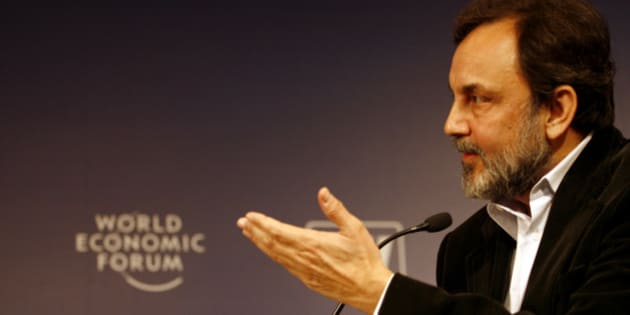 INDIA - DECEMBER 03:  Prannoy Roy, chairman of NDTV, speaks during a session of the India Economic Summit in New Delhi, India, on Monday, Dec. 3, 2007. The India Economic Forum, hosted by the World Economic Forum, brings business and political leaders together to discuss India's growth opportunities.  (Photo by Sanjit Das/Bloomberg via Getty Images)
