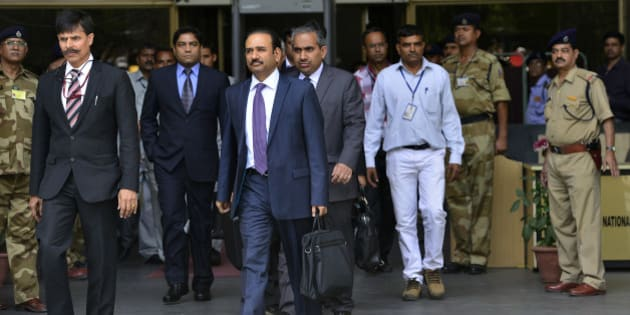 NEW DELHI, INDIA MARCH 28: Members of the Pakistan's Joint Investigation Team formed to probe into the Pathankot airbase attack, arrive at the National Investigation Agency (NIA) headquarters in New Delhi.(Photo by India Today Group/Getty Images/India Today Group/Getty Images)