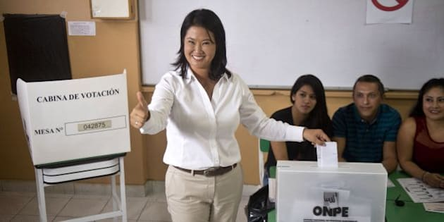 Peru´s presidential candidate, Keiko Fujimori, casts her vote during general elections, in Lima on April 10, 2016 