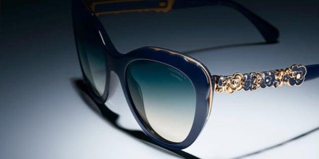 Camélias et glamour à l italienne pour les lunettes bijoux de Chanel ... 0005d78f1470