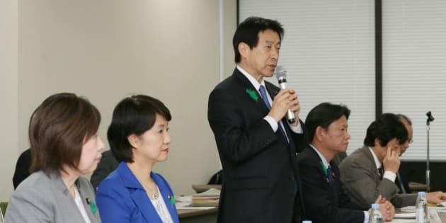 厚労省「待機児童解消に向けた緊急対策会議」で「働き方改革」を訴える