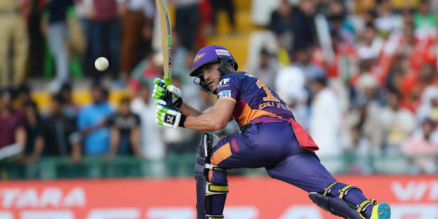 Rising Pune Supergiants Faf Du Plesis   plays a shot during the 2016 Indian Premier League (IPL) Twenty20 cricket match between Rising Pune Supergiants and Kings XI Punjab at The Punjab Cricket Association Stadium in Mohali on April 17, 2016  ------IMAGE RESTRICTED TO EDITORIAL USE - STRICTLY NO COMMERCIAL USE- / AFP / SAJJAD HUSSAIN        (Photo credit should read SAJJAD HUSSAIN/AFP/Getty Images)
