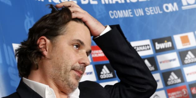 Olympique Marseille's president Vincent Labrune attends a news conference in Marseille December 9, 2013. Olympique Marseille have sacked coach Elie Baup and handed the job to sports director Jose Anigo on a caretaker basis, the Ligue 1 club said on Saturday.    REUTERS/Jean-Paul Pelissier (FRANCE - Tags: SPORT SOCCER)