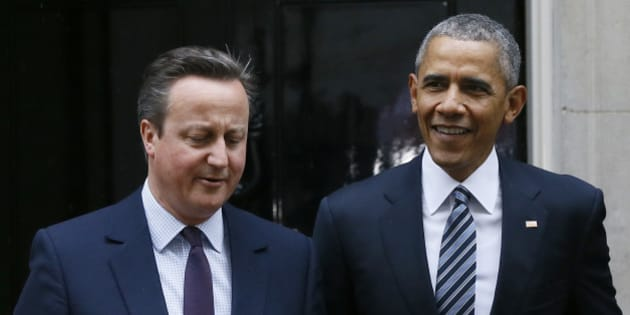 U.S President Barack Obama, right, and Britain's Prime Minister David Cameron walk from 10 Downing Street, London after a meeting Friday, April, 22, 2016. (AP Photo/Kirsty Wigglesworth)