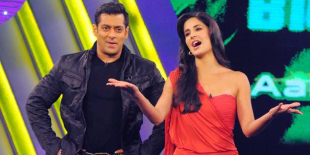MUMBAI, INDIA - DECEMBER 17: Salman Khan and Katrina Kaif on the sets of Bigg Boss Season 4. Katrina Kaif and Farah Khan were there to promote their upcoming film Tees Maar Khan. (Photo by Yogen Shah/India Today Group/Getty Images)