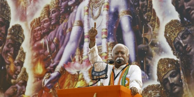 Mohan Bhagwat, chief of India's Hindu nationalist organisation Rashtriya Swayamsevak Sangh (RSS), addresses a rally in Kolkata December 20, 2014. REUTERS/Rupak De Chowdhuri (INDIA - Tags: POLITICS)