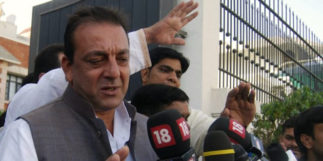 Bollywood actor Sanjay Dutt speaks with the media in the northern Indian city of Lucknow March 31, 2009. The Supreme Court on Tuesday rejected a plea by Dutt, convicted in connection with India's worst-ever bombing in 1993, to allow him to contest the April/May general election.  REUTERS/Pawan Kumar (INDIA ENTERTAINMENT POLITICS ELECTIONS)