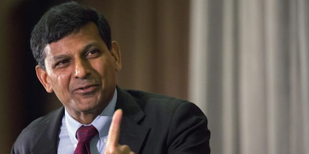 """Reserve Bank of India Governor Raghuram Rajan speaks to The Economic Club of New York, in midtown Manhattan May 19, 2015. The """"specter of deflation"""" is spurring the world's major central banks into a dangerous struggle for stronger domestic growth that imperils financial markets and ignores the needs of developing nations, the head of India's central bank said on Tuesday. REUTERS/Brendan McDermid"""
