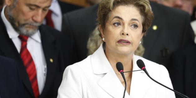 BRASILIA, BRAZIL - MAY 12:  Suspended Brzilian President Dilma Rousseff speaks to supporters at the Planalto presidential palace after the Senate voted to accept impeachment charges against Rousseff on May 12, 2016 in Brasilia, Brazil. Rousseff has been suspended from her presidential duties and will face a Senate trial for alleged manipulation of government accounts.   (Photo by Igo Estrela/Getty Images)