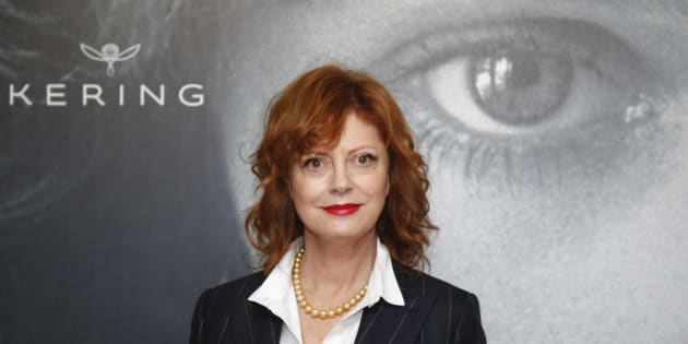 "Actress Susan Sarandon poses ahead of a debate ""Kering Women in Motion"" during the 69th Cannes Film Festival in Cannes, France, May 15, 2016.   REUTERS/Jean-Paul Pelissier"