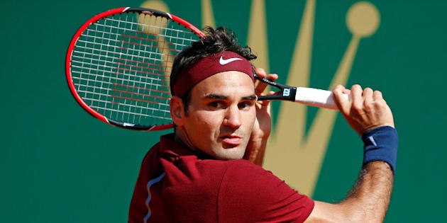 Tennis - Monte Carlo Masters - Monaco, 15/04/2016. Roger Federer of Switzerland plays a shot to Jo-Wilfried Tsonga of France .  REUTERS/Eric Gaillard