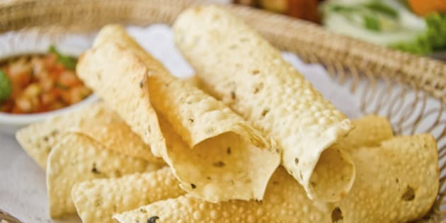 deep fried indian papads in basket