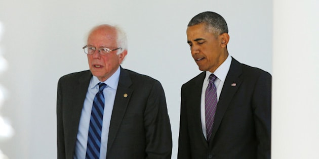 Democratic presidential candidate Bernie Sanders (L) walks with U.S. President Barack Obama to the Oval Office at the White House in Washington, U.S. June 9, 2016. REUTERS/Gary Cameron