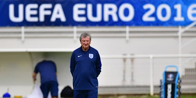 CHANTILLY, FRANCE - JUNE 10:  Roy Hodgson manager of England looks on during an England training session on the eve their opening match of UEFA EURO 2016 against Russia at Stade du Bourgognes on June 10, 2016 in Chantilly, France.  (Photo by Dan Mullan/Getty Images)