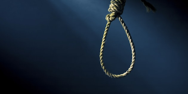 high contrast image of a habgman's noose