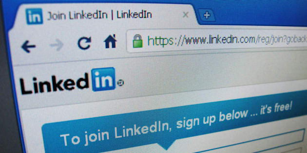 The sign up page of Linkedin.com is seen in Singapore, May 20, 2011. LinkedIn Corp's shares more than doubled in their public trading debut on Thursday, evoking memories of the investor love affair with Internet stocks during the dot-com boom of the late 1990s. REUTERS/David Loh  (SINGAPORE - Tags: BUSINESS)