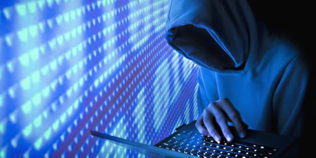 Faceless Computer Hacker