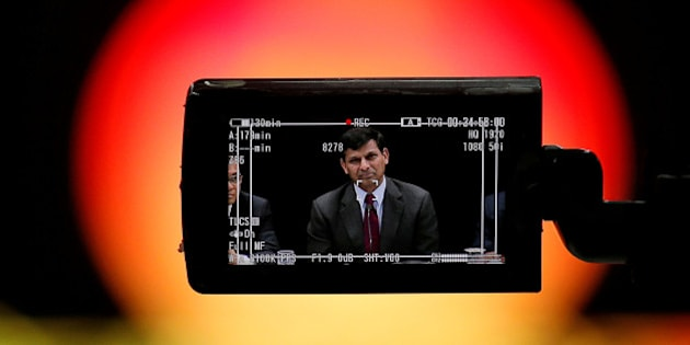Reserve Bank of India (RBI) Governor Raghuram Rajan is seen in a TV camera's viewfinder as he attends a news conference after the bimonthly monetary policy review in Mumbai, India, June 7, 2016. REUTERS/Danish Siddiqui/File photo