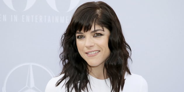 Actress Selma Blair poses at The Hollywood Reporter's Annual Women in Entertainment Breakfast in Los Angeles, California December 9, 2015. REUTERS/Danny Moloshok