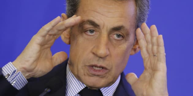 Nicolas Sarkozy, head of France's Les Republicains political party and former French President, gestures as he speaks during a meeting at the party headquarters in Paris, France, March 30, 2016. REUTERS/Jacky Naegelen
