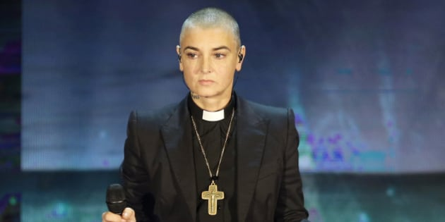 """FILE - In this Oct. 5, 2014 file photo, Irish singer Sinead O'Connor performs during the Italian State RAI TV program """"Che Tempo che Fa"""", in Milan, Italy. Police in suburban Chicago have put out a well-being check for the Irish singer. Wilmette police released a statement Monday, May 16, 2016, saying O'Connor reportedly left the area for a bicycle ride at 6 a.m. Sunday and hasn't returned. (AP Photo/Antonio Calanni, File)"""