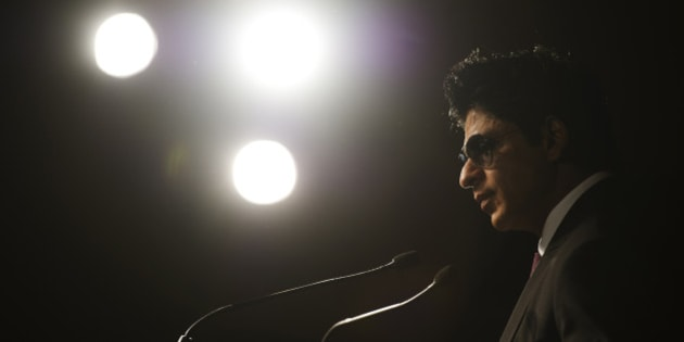 Bollywood actor Shah Rukh Khan speaks at a news conference in Toronto, June 24, 2011.  The International Indian Film Academy (IIFA) Awards will be held in Toronto June 25th.    REUTERS/Mark Blinch (CANADA - Tags: ENTERTAINMENT)