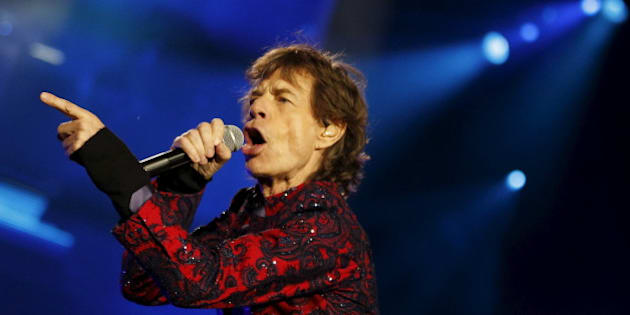 """Mick Jagger of The Rolling Stones sings during their """"Latin America Ole Tour"""" at the Foro Sol in Mexico City, Mexico March 14, 2016. REUTERS/Henry Romero"""
