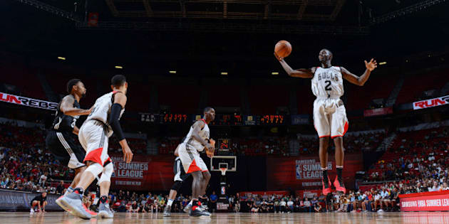 LAS VEGAS, NV - JULY 18:  Jerian Grant #2 of the Chicago Bulls grabs the rebound against the Minnesota Timberwolves during the 2016 NBA Las Vegas Summer League game on July 18, 2016 at the Thomas & Mack Center in Las Vegas, Nevada. NOTE TO USER: User expressly acknowledges and agrees that, by downloading and or using this photograph, User is consenting to the terms and conditions of the Getty Images License Agreement. Mandatory Copyright Notice: Copyright 2016 NBAE  (Photo by David Dow/NBAE via Getty Images)