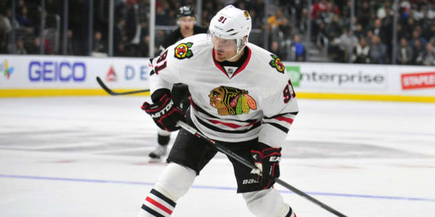 November 29, 2014; Los Angeles, CA, USA; Chicago Blackhawks center Brad Richards (91) takes a shot on goal against the Los Angeles Kings during the second period at Staples Center. Mandatory Credit: Gary A. Vasquez-USA TODAY Sports