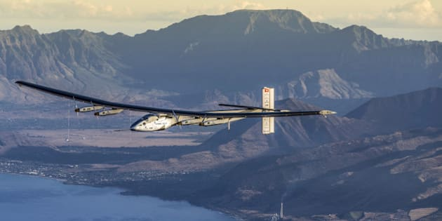 FILE PHOTO -  The Solar Impulse 2 plane is seen on a maintenance flight over Hawaii performed by the test pilot Markus Scherdel in a handout picture taken March 27, 2016, and released April 14, 2016.   REUTERS/Solar Impulse 2/Jean Revillard/Handout via Reuters/File Photo  ATTENTION EDITORS - THIS IMAGE WAS PROVIDED BY A THIRD PARTY. FOR EDITORIAL USE ONLY.