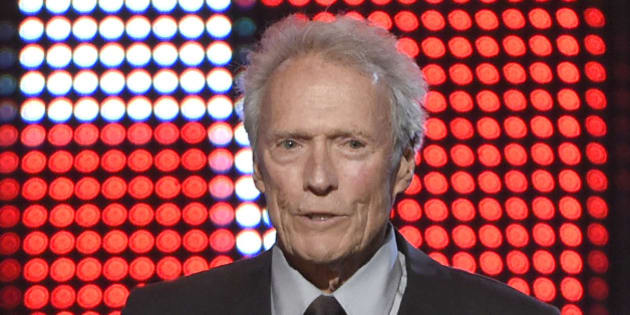 Clint Eastwood presents the hero award at the Guys Choice Awards at Sony Pictures Studios on Saturday, June 4, 2016, in Culver City, Calif. (Photo by Chris Pizzello/Invision/AP)