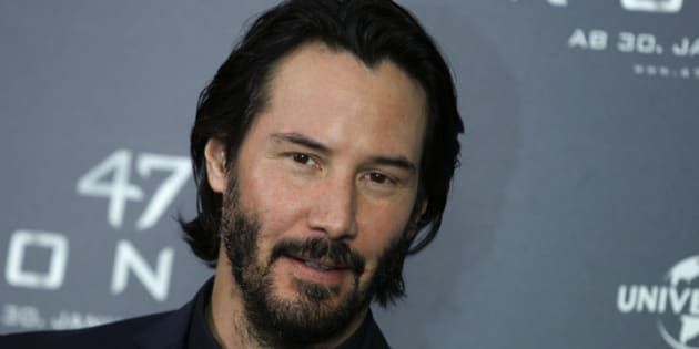 "Actor Keanu Reeves poses during a photocall to promote the fantasy action film ""47 Ronin"", by director Carl Erik Rinsch, in Munich January 17, 2014. The film starts in Germany on January 30, 2014.      REUTERS/Michaela Rehle (GERMANY - Tags: ENTERTAINMENT HEADSHOT)"