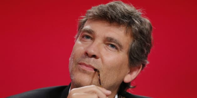 "Former French Economy Minister Arnaud Montebourg, attends the Socialist Party's ""Universite d'ete"" summer meeting in La Rochelle, western France, August 30, 2014. REUTERS/Stephane Mahe (FRANCE - Tags: POLITICS)"