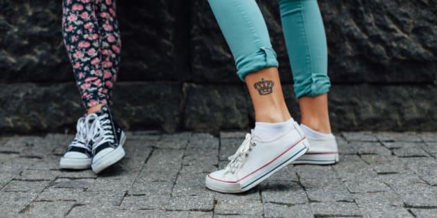 Por Qué Tantas Mujeres Se Están Tatuando Una Corona El Huffington