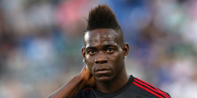 Football Soccer - Juventus v Milan - Italian Cup Final - Olympic stadium, Rome, Italy - 21/05/16  AC Milan's Mario Balotelli looks on before the match against Juventus.    REUTERS/Alessandro Bianchi