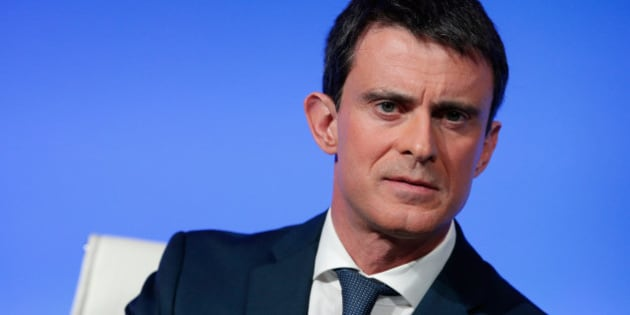 French Prime Minister Manuel Valls gives a press conference, at the Prime Minister residence, in Paris, Monday, March 14, 2016. The contested labor reform would amend France's 35-hour workweek, approved in 2000 by the Socialists and now a cornerstone of the left. The current Socialist government wants adjustments to reduce France's 10-percent unemployment rate as the shortened workweek was meant to do. (AP Photo/Thibault Camus)