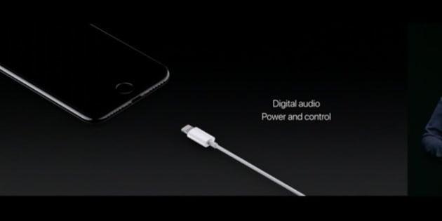 Après les disquettes, les CD Rom ou Flash, Apple choque en supprimant la prise casque de l'iPhone 7