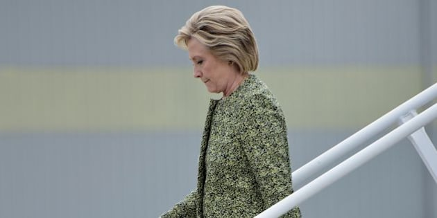 Democratic presidential nominee Hillary Clinton arrives at Philadelphia International Airport September 19, 2016 in Philadelphia, Pennsylvania. / AFP / Brendan Smialowski        (Photo credit should read BRENDAN SMIALOWSKI/AFP/Getty Images)