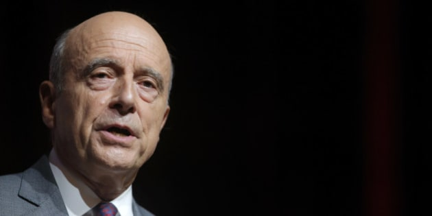 French presidential hopeful Alain Juppe, seeking to win his centre-right Les Republicains party's nomination in primaries in November, attends a political rally in Strasbourg, France, September 13, 2016. REUTERS/Vincent Kessler