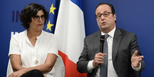 French President Francois Hollande delivers his speech next to Labour minister Myriam El Khomri  as he visits the Institut de Formation Commerciale Permanente (Commercial Training Institute) in Paris, France, September 12, 2016.    REUTERS/Stephane De Sakutin/Pool
