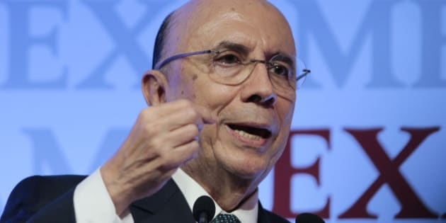 Brazilian Finance Minister Henrique Meirelles speaks during the 8th Exame Forum 2016, in Sao Paulo, Brazil on September 30, 2016. / AFP / Miguel SCHINCARIOL        (Photo credit should read MIGUEL SCHINCARIOL/AFP/Getty Images)