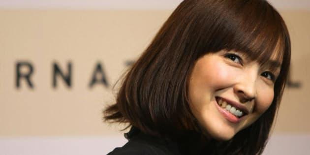 麻生久美子の笑顔画像