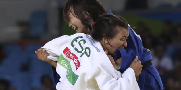 2016 Rio Paralympics - Judo - Final  - Women's 57 kg Bronze Medal Final A - Carioca Arena 3 - Rio de Janeiro, Brazil - 09/09/2016. Maria Monika Merenciano Herrero (front) of Spain competes with Junko Hirose of Japan. REUTERS/Ueslei Marcelino  FOR EDITORIAL USE ONLY. NOT FOR SALE FOR MARKETING OR ADVERTISING CAMPAIGNS.