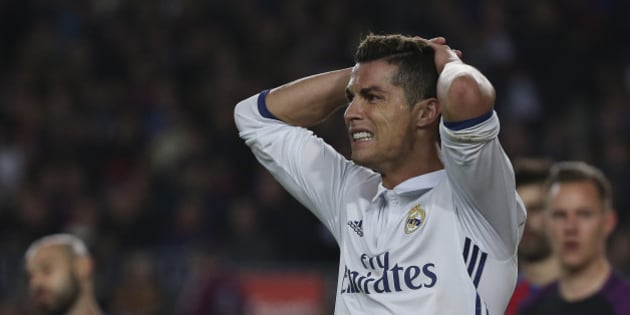 """Football Soccer - Barcelona v Real Madrid - Spanish La Liga Santander- Nou Camp Stadium, Barcelona, Spain - 3/12/16. Real Madrid's Cristiano Ronaldo reacts after missing a chance to score during the """"Clasico"""".     REUTERS/Sergio Perez"""