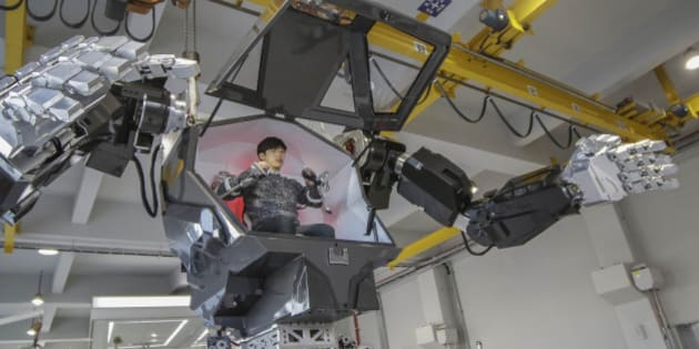 Method II Stand wait before preview at lab in Gunpo, South Korea. The Future Technology, a company based in Seoul South Korea, has begun testing their 4 m tall, 1.5 ton manned robot dubbed Method-2. Method-2 also bears a striking resemblance to Avatars MK-6 Amplified Mobility Platform which amplifies the users articulation. Unlike MK6, the Method-1 is not equipped with heavy artillery. No word yet as to whether it will have military applications.   (Photo by Seung-il Ryu/NurPhoto via Getty Images)