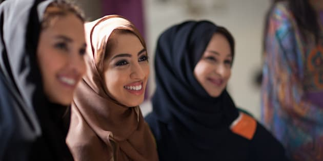 b42ddc3b1efe 5 Muslim Scholars On The Permissibility Of Not Wearing The Headscarf ...