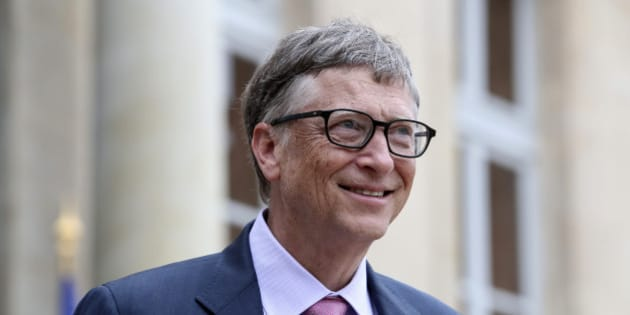 Philanthropist and co-founder of Microsoft, Bill Gates, leaves after a meeting with France's President Francois Hollande at the Elysee Palace in Paris, Monday, June 27, 2016. (AP Photo/Kamil Zihnioglu)